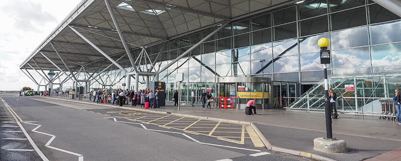 Cancellations and flight delays at London Stansted
