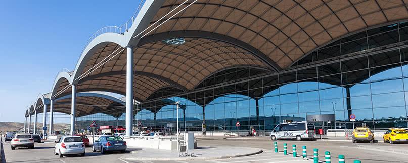 Vuelo con retraso o cancelado en Alicante-Elche