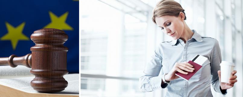 Une femme attend son vol retardé ou annulé à l'aéroport